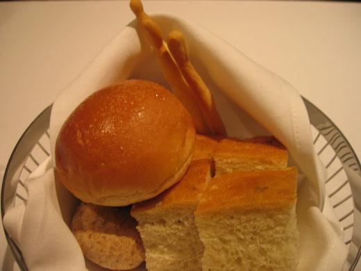 OTTO SETTEの前菜 パン